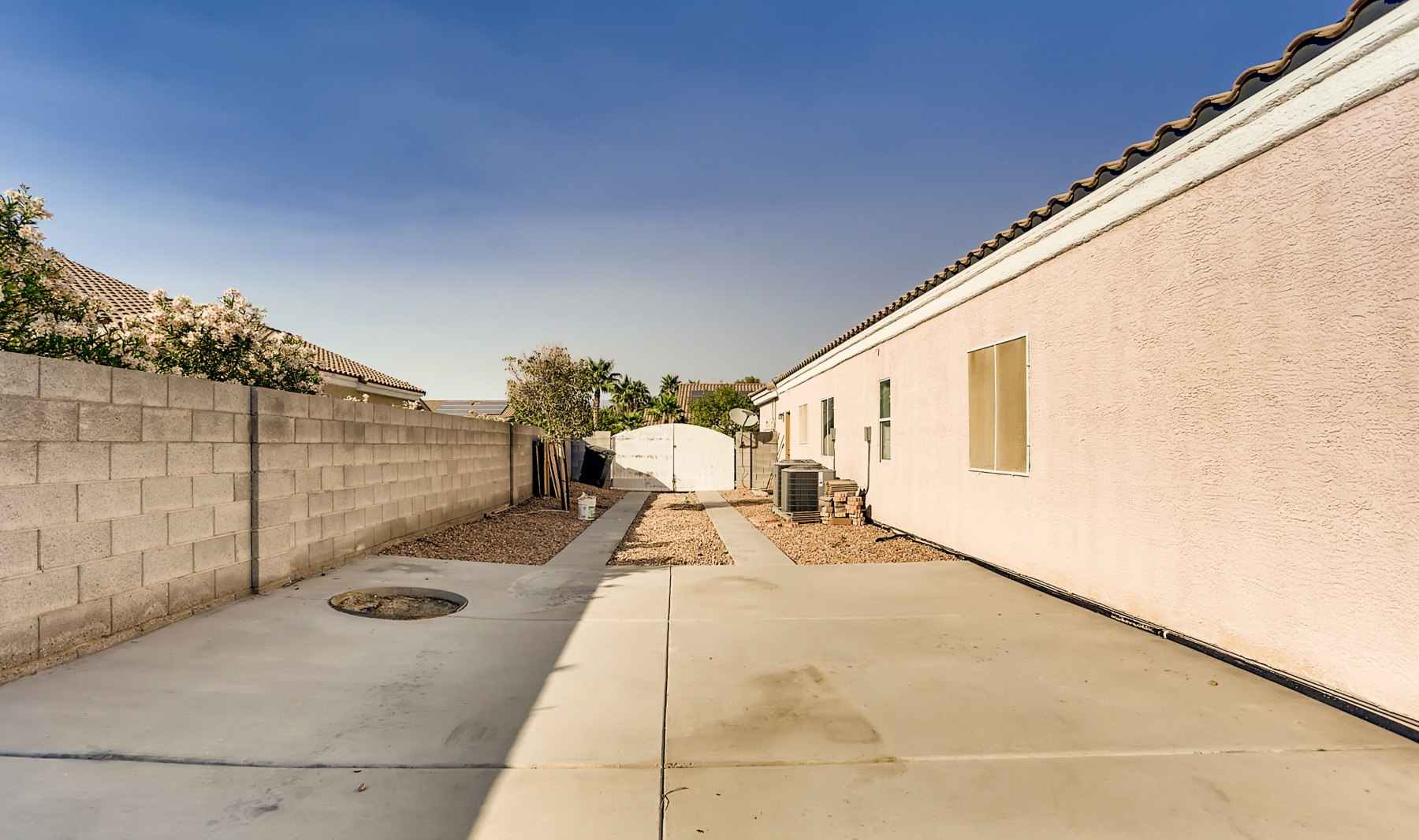 5213 Blue Evergreen Ave | Image Title